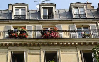 Long term Paris apartment rentals