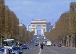 The Champs Elysées Avenue